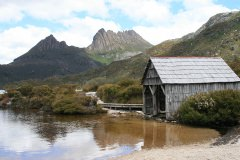 Dove Lake and Boatshed
